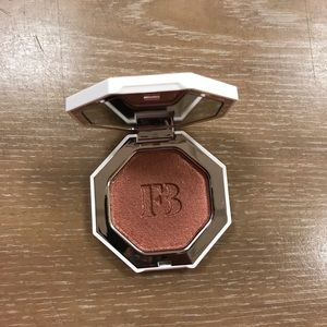 Fenty Killawatt Foil  Highlighter Penny4uthots